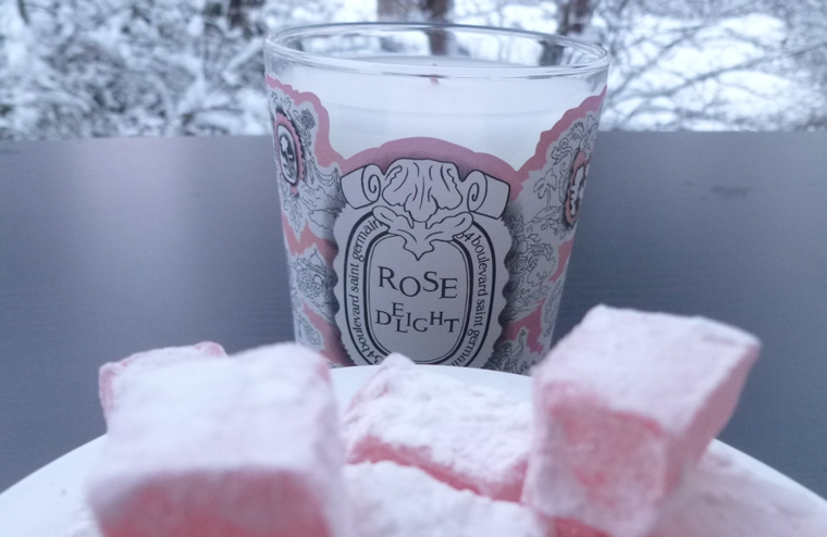 candle rose delight diptyque